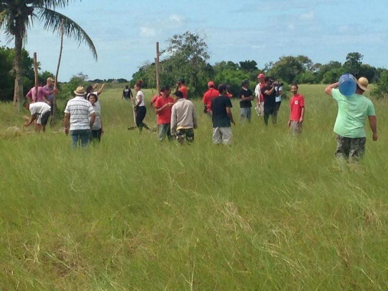 Agricultores do 5° Distrito e  do MST completam quatro dias de resistência na retomada das terras do Açu