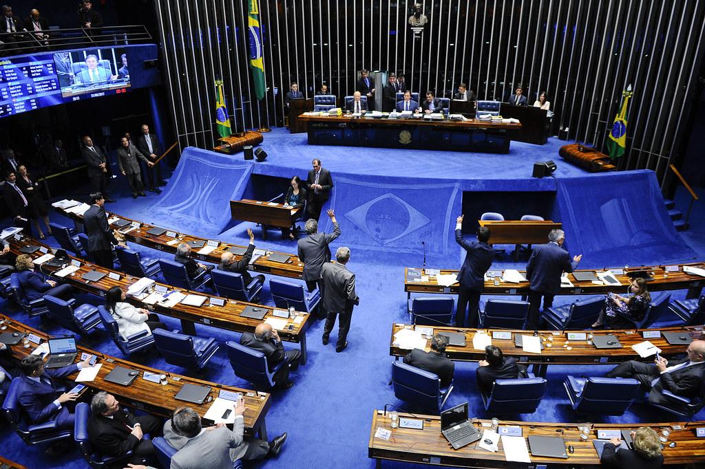 Senado aprova com facilidade a MP que trata da regularização fundiária no campo e cidade. Foto Marcos Oliveira. Agência Senado.jpg