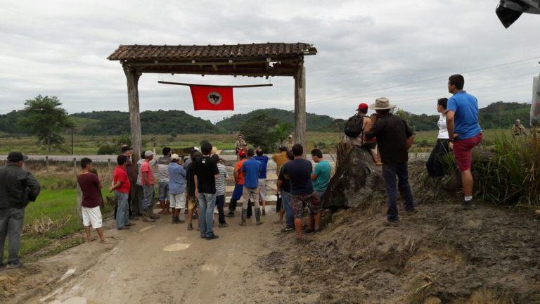 Policiais disparam balas de borracha contra Sem Terra em Santa Catarina