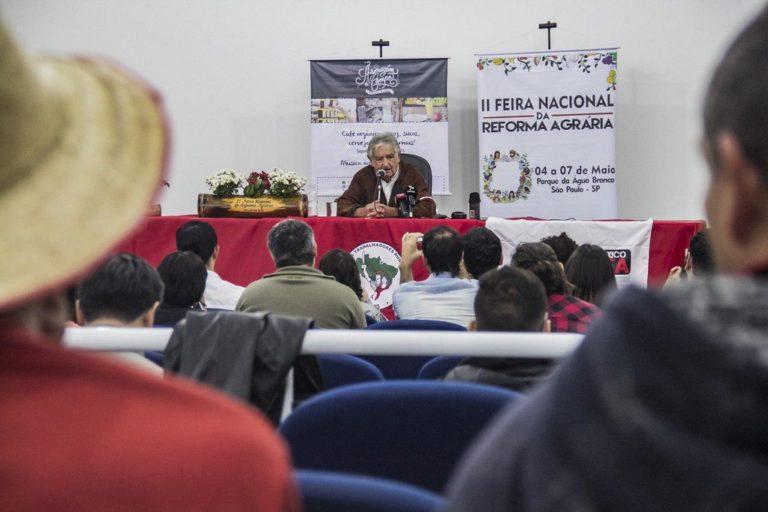 """Pepe Mujica: """"É preciso seguir lutando pela terra """""""