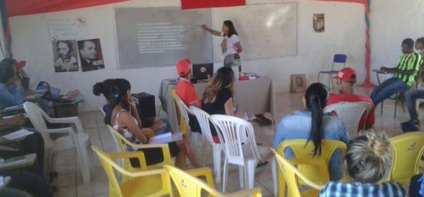 Estudo e trabalho são bases para formação política no sudoeste da Bahia
