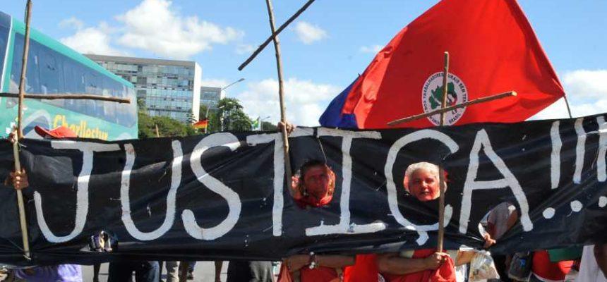 Ato nacional exige punição aos responsáveis pela violência no campo