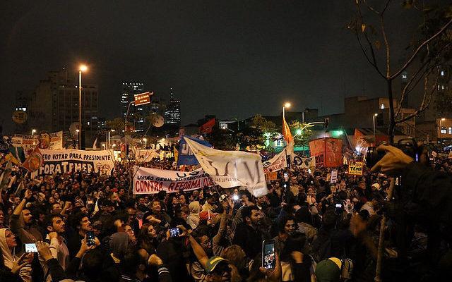 """Centrais e movimentos populares planejam """"ocupar"""" Brasília contra reformas"""