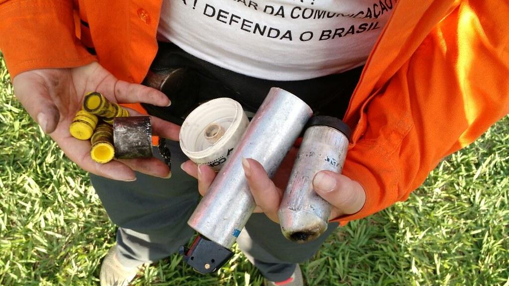 armamentos utilizados no ato ocupa.jpg