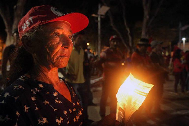 Comitê Paraense de Combate à Violência no Campo faz vigília em Belém