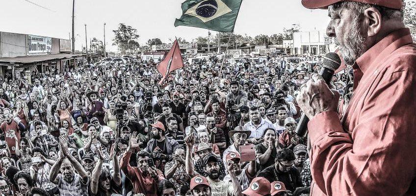 Acompanhe Minuto a Minuto: Atos em Defesa da Democracia e do Lula
