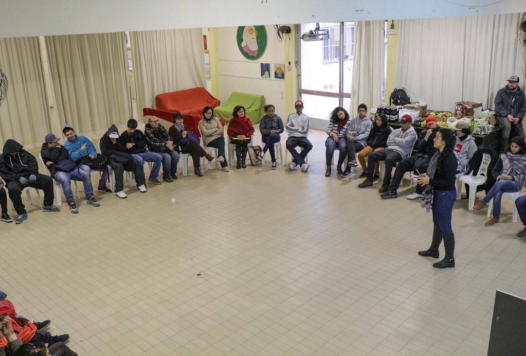 Debate sobre alimentação saudável no Centro Municipal de Educação dos Trabalhadores Paulo Freire (CMET)..jpg