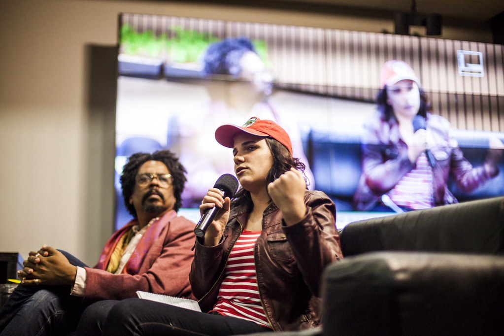 Integrante do Coletivo LGBT do MST, Thais Paz trouxe questões sobre a realidade  no campo. Foto Mídia Ninja.jpg