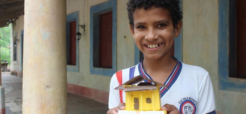 Camponeses celebram inauguração de casas em assentamento no sertão de Alagoas