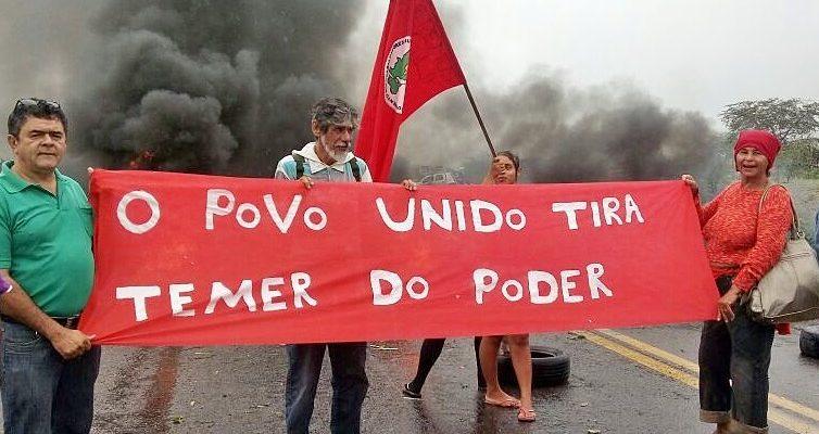 Manifestantes tomam às ruas de Pernambuco em dia de Greve Geral