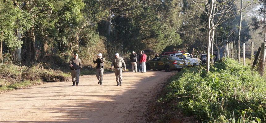 Famílias despejadas em Capela de Santana vão para o trevo de Charqueadas, no RS