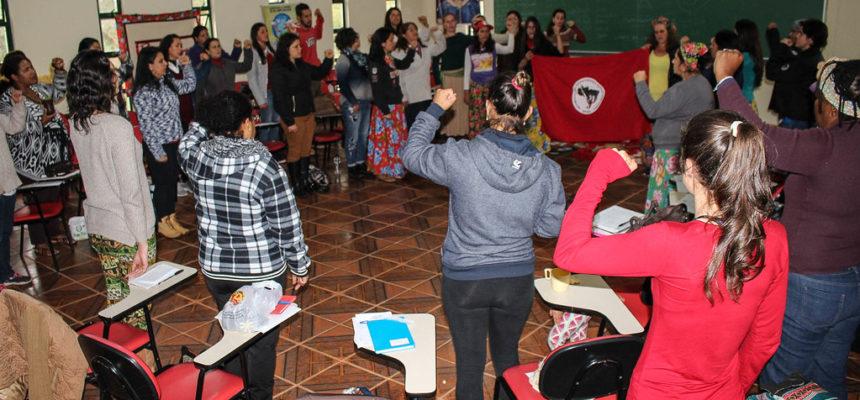No RS, camponesas Sem Terra debatem violência contra a mulher