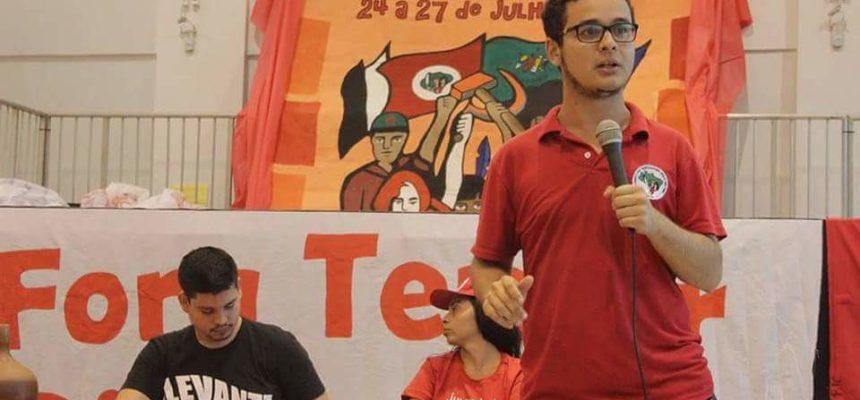 """""""A juventude está nas ruas dizendo que não aceita o modelo de estado estabelecido no país"""", afirma Paulo Henrique"""