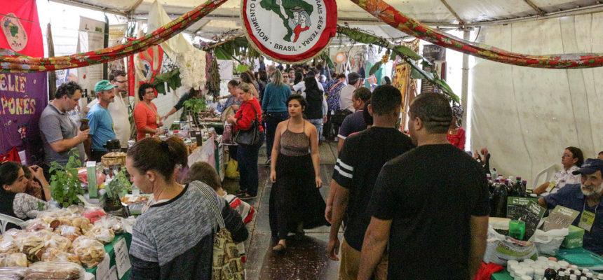 MST presente na maior feira de economia solidária da América Latina