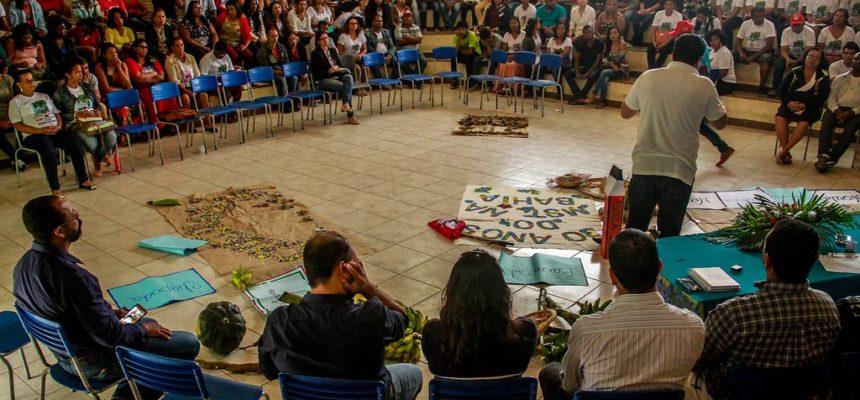 Educadores debatem agroecologia e luta de classes no Extremo Sul da Bahia