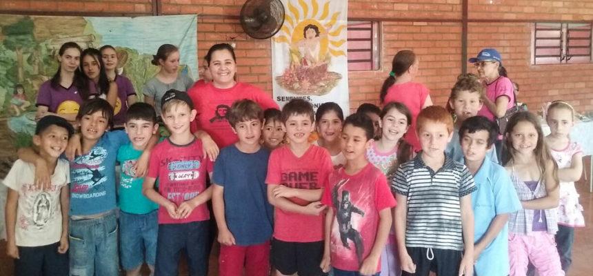 No RS, escola do MST incentiva a troca de sementes e mudas crioulas