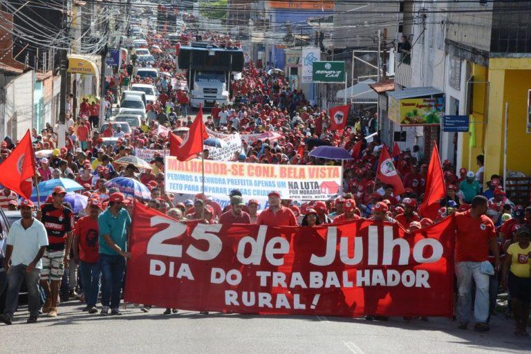 15ª Marcha do MST Sergipe reúne 10 mil Sem Terras