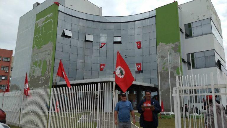 Sem Terra ocupam a sede do Incra em Santa Catarina
