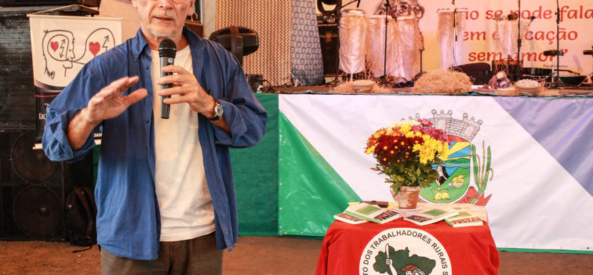 Psicanalista trabalha a valorização humana e social em áreas da Reforma Agrária
