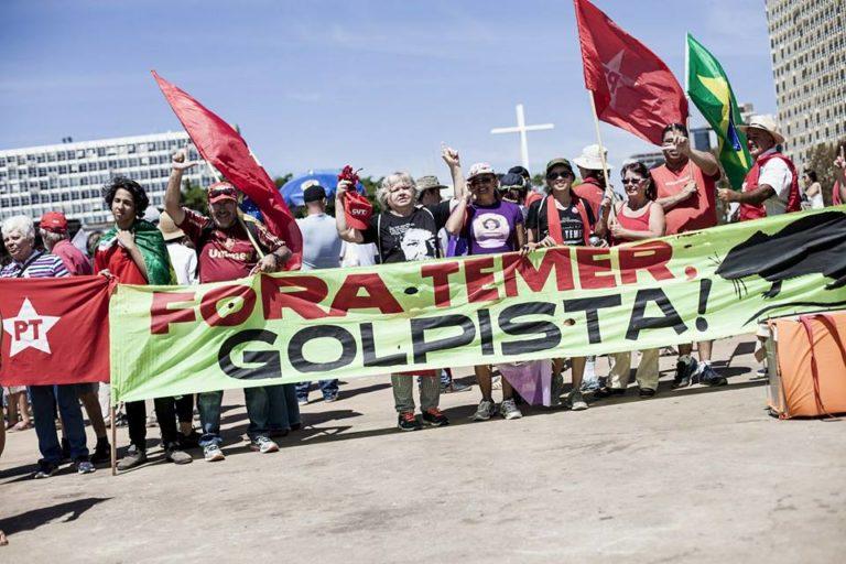 Grito repudia retirada de direitos da classe trabalhadora pelo governo golpista