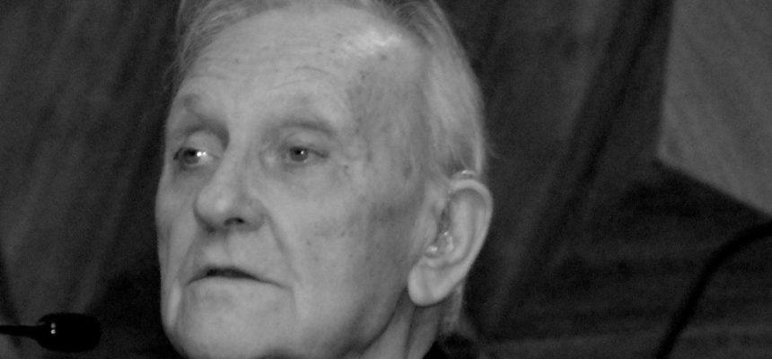 MST lamenta o falecimento de István Mészáros