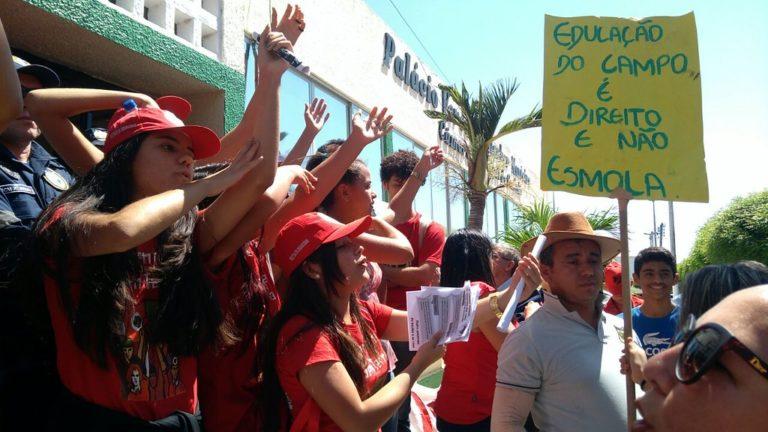 escolas do campo encerram jornada nacional da juventude ocupando as ruas