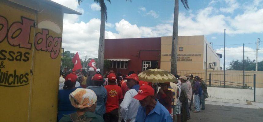 No RN, MST ocupa fórum de Itaipu para denunciar a criminalização das lutas populares