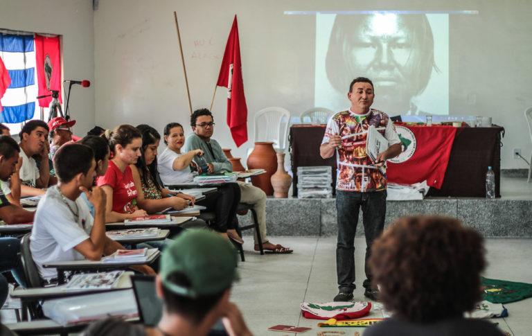 MST lança campanha de alfabetização no Sertão de Alagoas