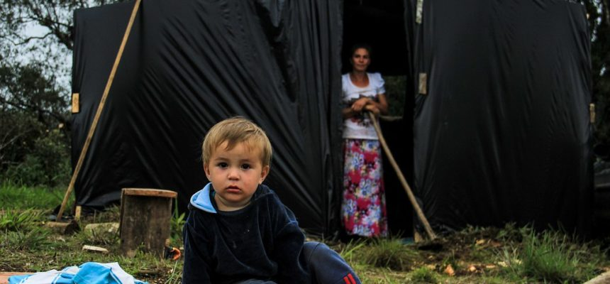 Famílias Sem Terra realizaram duas ocupações em Santa Catarina