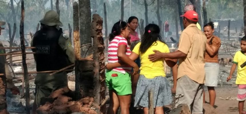 Toda solidariedade aos acampados do 8 de Março, no Piauí