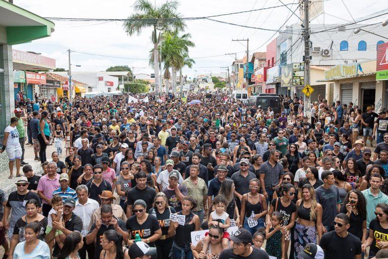 O que levou 10 mil pessoas às ruas de Correntina (BA)?