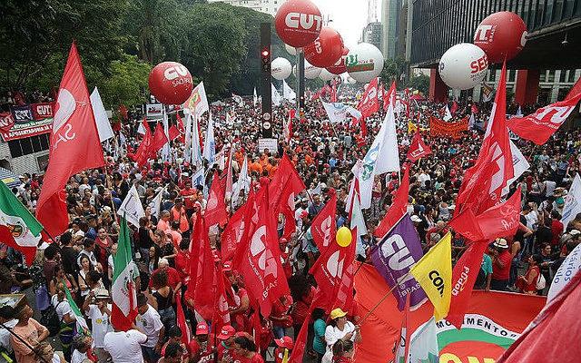 """Centrais preparam protesto em 10 de novembro, véspera da """"reforma"""""""