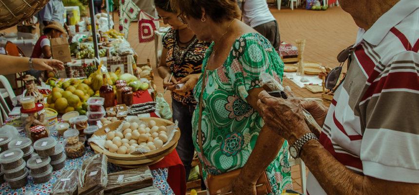 No MS, mais de 18 mil pessoas participam da 1º Feira Estadual da Reforma Agrária