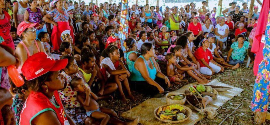 Após ato na Suzano, mulheres ocupam fazenda da empresa e exigem desapropriação