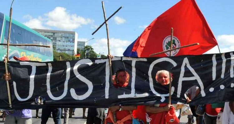 """""""A luta pela defesa e garantia de direitos humanos dos lutadores e das lutadoras sociais é uma ação constante e sem fim"""""""