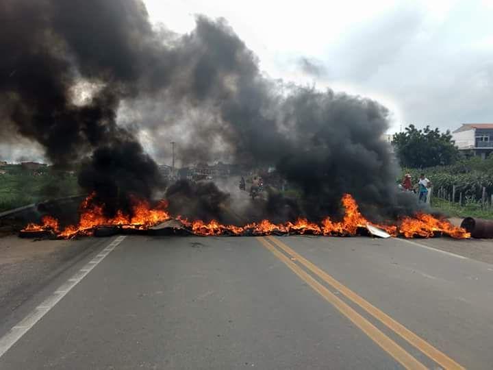 Sem Terra realizam bloqueios e marchas no Ceará em defesa de Lula