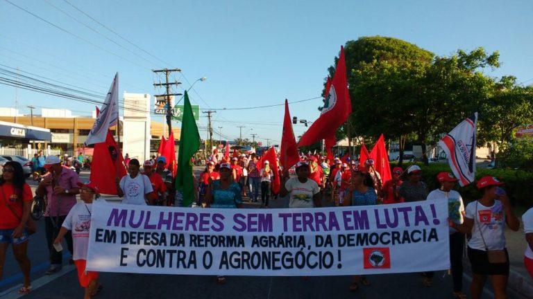 Unidade das mulheres do campo e da cidade marca o 8 de março em Alagoas