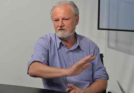 Em entrevista, João Pedro Stédile defende que Lula busque registro de candidatura, com apoio das forças sociais