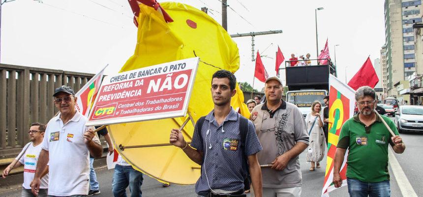 Reforma da Previdência mobiliza trabalhadores e trabalhadoras no RS
