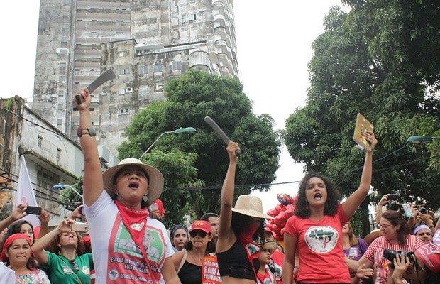 8 de março:  Sem Terra, pela vida das mulheres, somos todas Marielle!