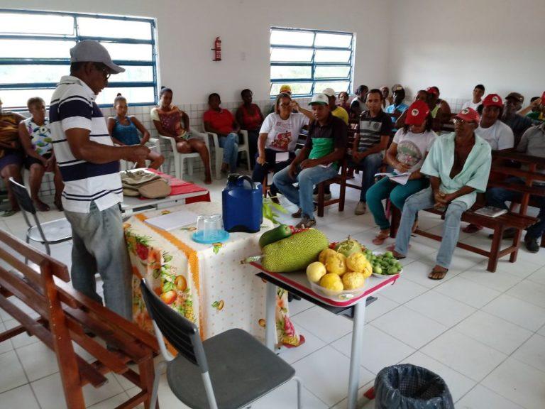 visita técnica debate a construção de 19 agroindústrias do MST