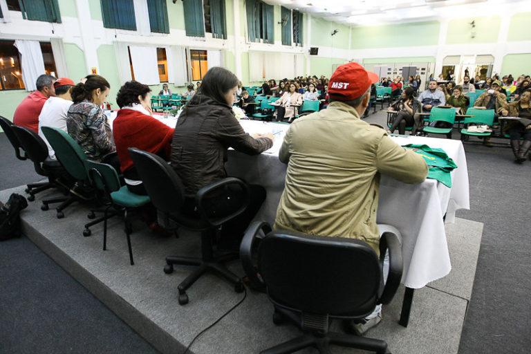 Universitários de todo país participam da Jornada Universitária em Defesa da Reforma Agrária