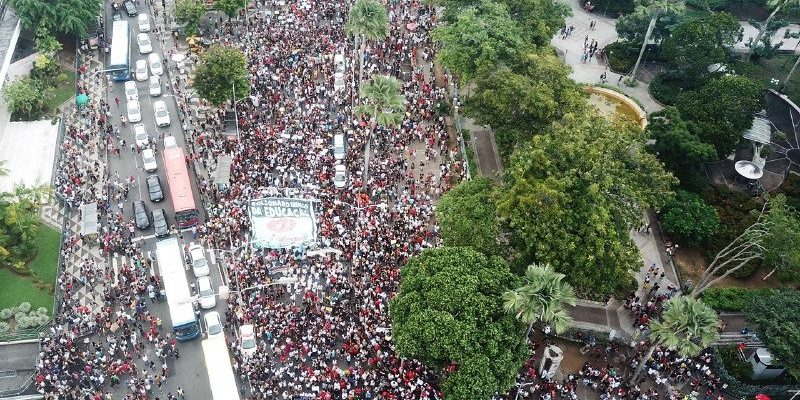 Minuto a Minuto | Brasileiros se mobilizam contra os cortes na educação pública