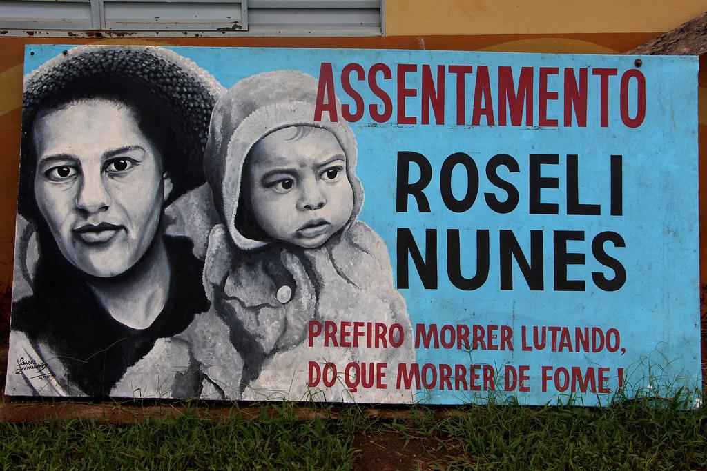 Muitos assentamentos, acampamentos e escolas levam o nome de Roseli Nunes, em homenagem à lutadora.jpg
