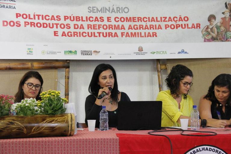 Feira Nacional debate políticas públicas e comercialização em seminário