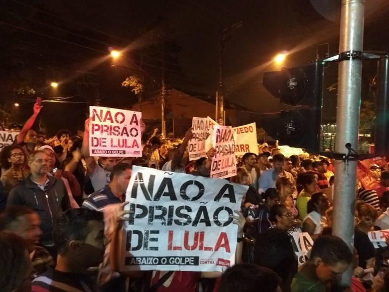 Minuto a Minuto: Moro determina prisão de Lula