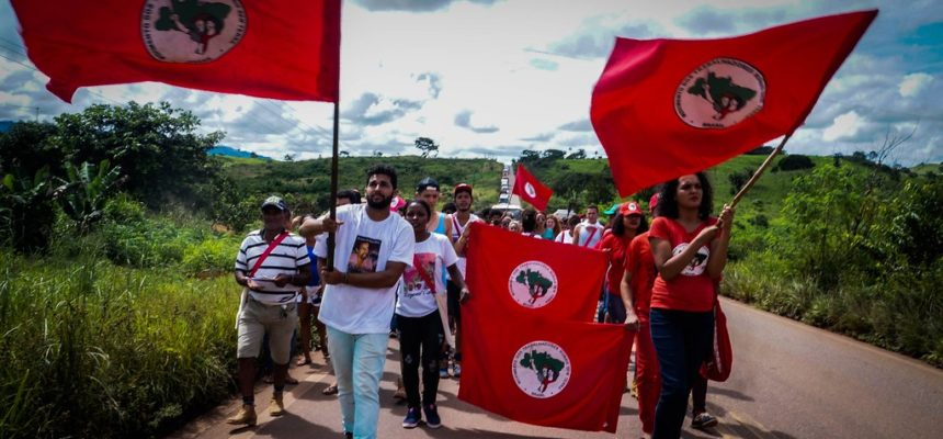 Cinzas de Frei Henri são entregues aos Sem Terra do Pará