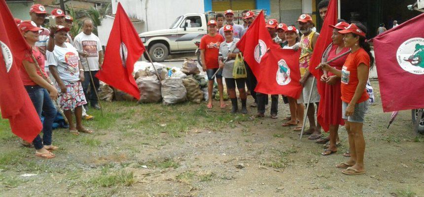 No Dia do Trabalhador Rural, camponeses realizam doação de alimentos em Alagoas