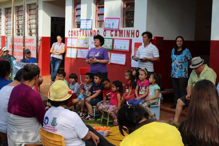 Comunidade luta contra o fechamento da Escola Construindo Caminho em Santa Catarina