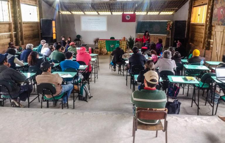 Violência contra a mulher é tema de debate no Paraná